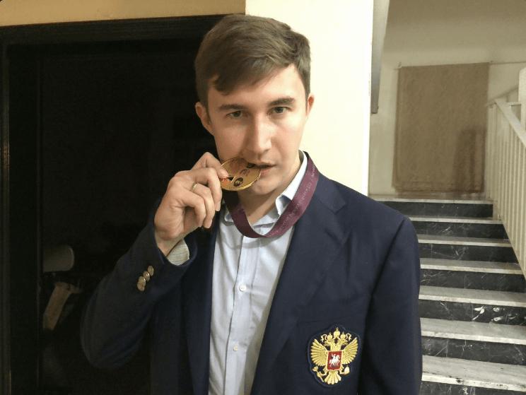 Karjakin medal