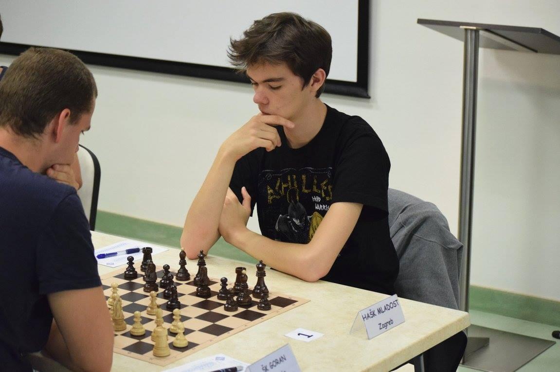 Leon Livaić Interview
